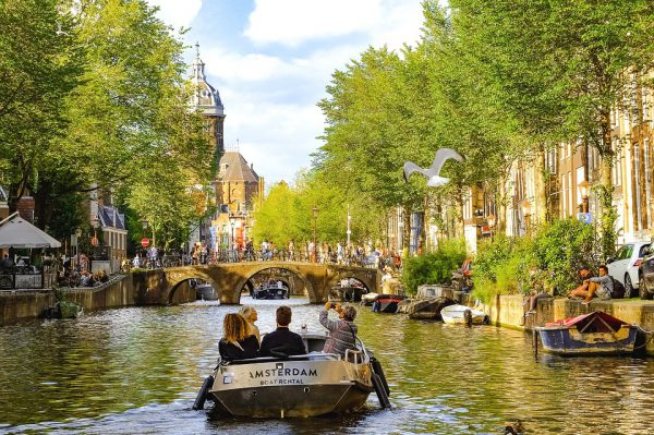 Sloep Rondvaart Amsterdam Cadeau